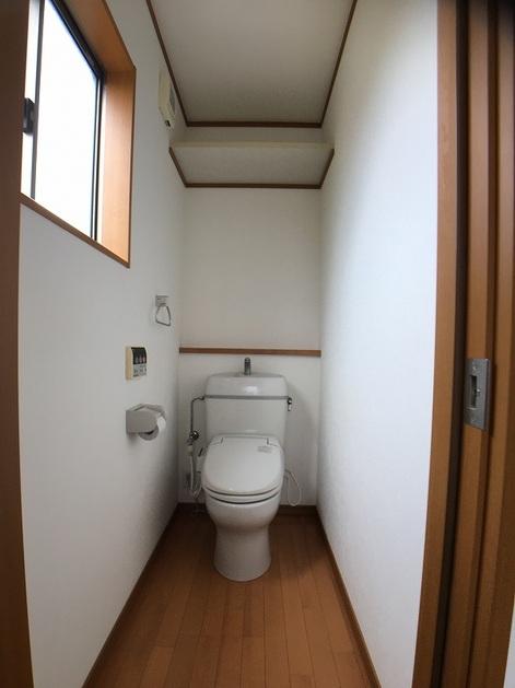 2Fトイレ.jpg